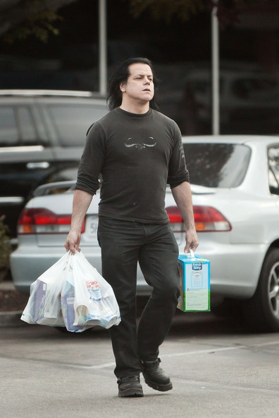 Here's The Picture of Danzig Buying Kitty Litter For Absolutely No Reason