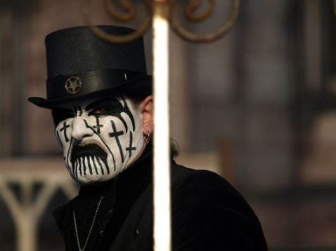 elderly king diamond